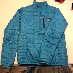 Patagonia Women's XS half-zip Blue Jacket